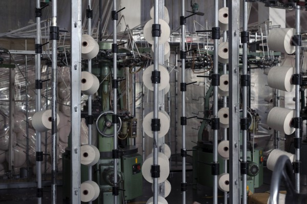 1_spinnen_kofektion_ecofair_produktion_web