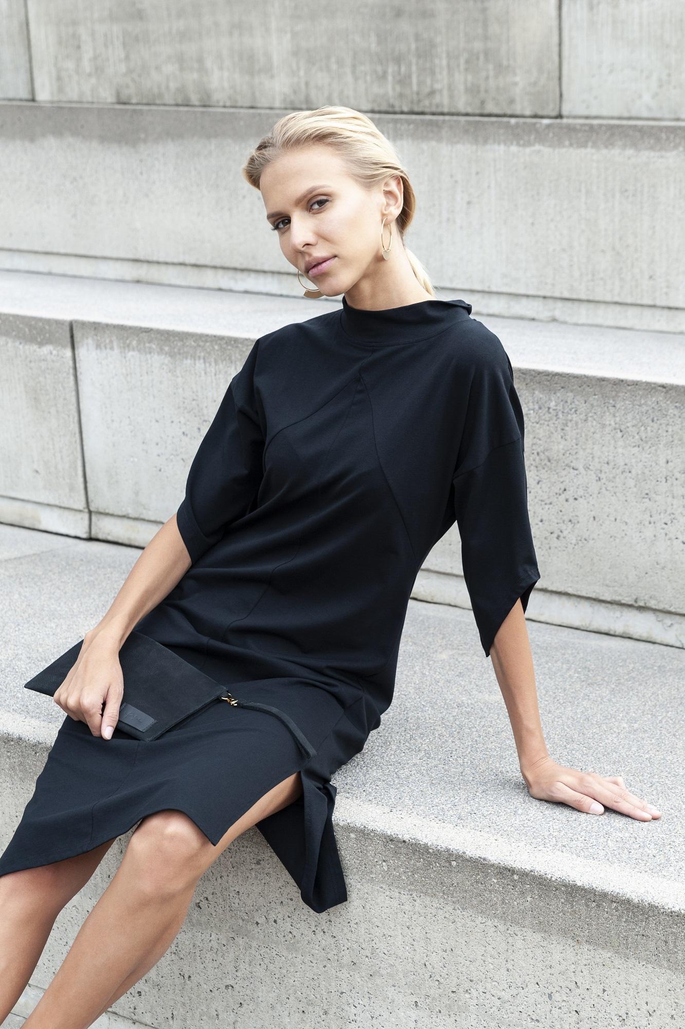 Eileen-Coat-Black-Yoko-Dress-Black_Anastasija-Baskakova