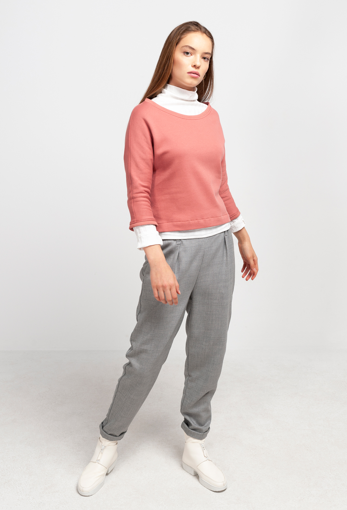 web-MILEVA-sweater-tulip-wood-2